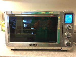 new Delonghi Stainless Steel Digital Convection Oven, Silver