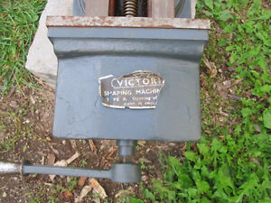 Engineers Heavy Duty 10 Inch Milling Machine Vice Kingston Kingston Area image 4
