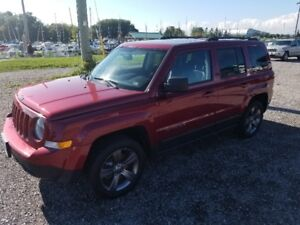 2015 Jeep Patriot High Altitude Edition **MINT**VERY LOW KM**