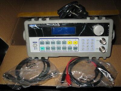 Dds Sweep Function Waveform Signal Generator 5mhz 110-220v 2channels 100msas