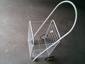Grocery Cart /Newspaper Cart Excellent Condition