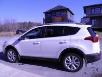 URGENT-DÉMÉNAGEMENT À L'EXTERIEUR-2014 Toyota RAV4 Limitée VUS