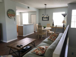 1 bedroom condo with garage in Sarasota
