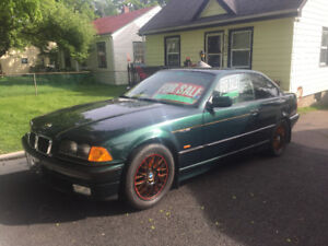 BMW Beamer (M series 328is) for Sale in Halifax