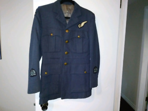 RCAF tunic and badges
