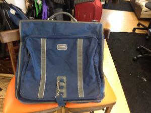 Valises et sacs de voyages - Plusieurs formats