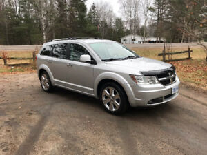 2009 Dodge Journey R/T SUV - Fully loaded,Leather Interior,DVD..