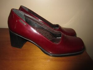 "WOMEN'S RED ""LADY STORK NEW YORK"" SHOES - SIZE 36 (SIZE 5.5)"