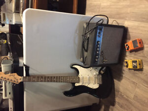 Fender squire strat, amp and pedals