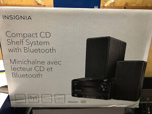 Insignia™ - 50W Bluetooth CD Compact Shelf System - Black
