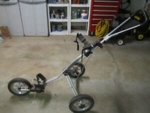 Three wheel golf cart like new 50.00