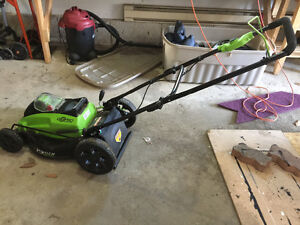 Greenworks cordless lawnmower, 2 batteries and charger