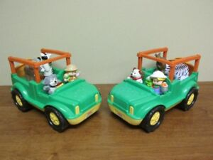 2 Jeeps safari sonores + 4 figurines Little People...$15 CHACUN
