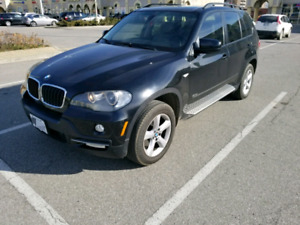 Bmw X5 3.0L Clean accident free loaded