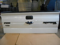 Ford Tailgate f150 with step