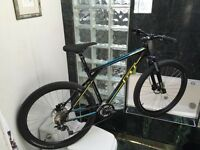 NEW 2015 (SIZE SMALL & LARGE) GT AVALANCHE COMP MOUNTAIN BIKE