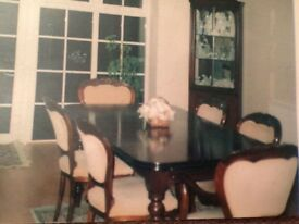 Solid Mahogany Dinning table with 6 chairs