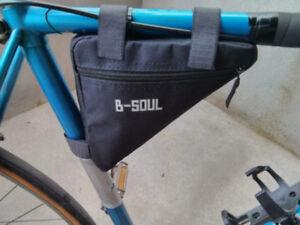 Sac en triangle/Frame bag résistant à l'eau  pour vélo