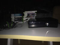 Xbox 360 Slim 250 GB Glossy Black with 20 Games