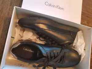 NEW Size 9 Calvin Klein men's Ward leather sneakers in box