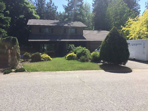 $2500 / 4 Bed, 2.5 Bath Home With Great Location!