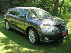 2011 Toyota Venza ......... ONE Owner
