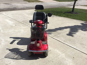 4 WHEEL MOBILITY SCOOTER LIKE NEW Kitchener / Waterloo Kitchener Area image 3