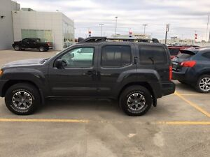 LIKE NEW!!!!  2014 Nissan Xterra Only 18000km