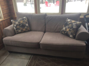 Grey/toupe Couch
