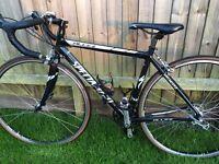 Men's specialized Allez sport road bike small