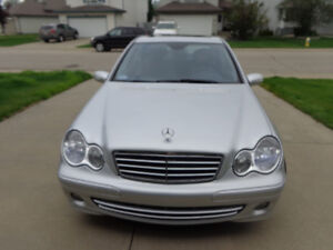 Well Maintained Mercedes Benz C280 for sale