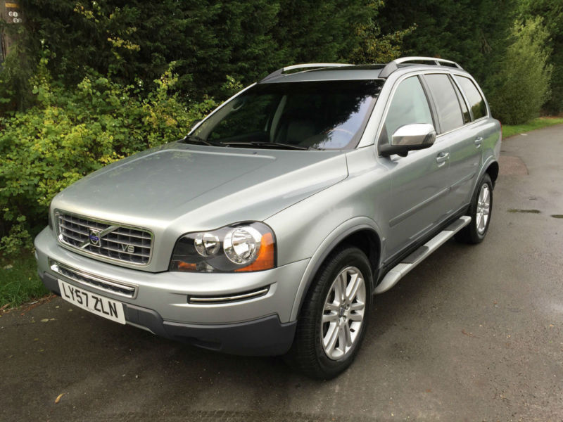 left hand drive 57 reg volvo xc90 se 4 4 v8 petrol automatic 4x4 7 seater in hockley. Black Bedroom Furniture Sets. Home Design Ideas