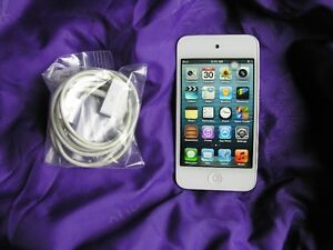 White Ipod Touch Generation 4th,  64gb