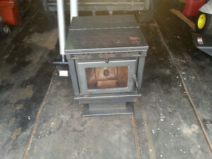 Pellat Stove in Good Working Condition