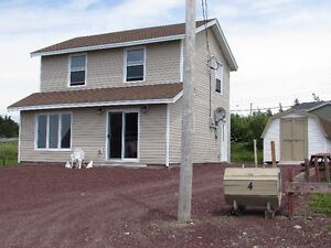 4 EASY STREET, ISLINGTON..OCEAN VIEWS..COTTAGE COUNTRY