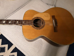 Epiphone FT 135 acoustic guitar - made in Japan