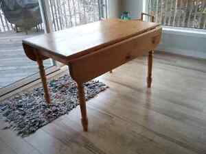 Pine drop leaf table and Windsor back chairs