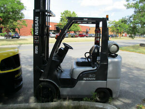 Nissan Forklift 6000Lb capacity,3Stage Mast with Side shift