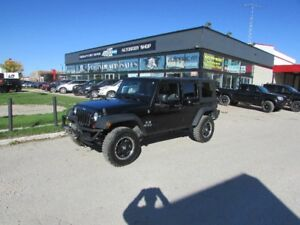 2008 Jeep Wrangler Unlimited X  (MANUAL)**LOTS OF EXTRAS**