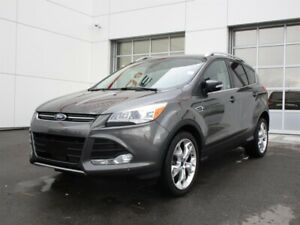 2015 Ford Escape Titanium - 4WD (Leather,Backup Cam and Sunroof)
