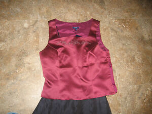 Brand new Size 7 Bridesmaid Dress - 2pc Cranberry & Navy in Colo