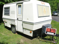 1978 TRILLIUM TRAVEL TRAILER, JUBILEE MODEL