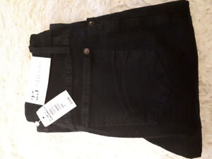Brand new womans Jean's size 25.