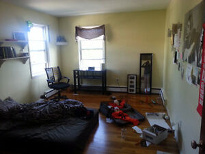 1 or 2 Bedroom Sublet Downtown Halifax May-Aug
