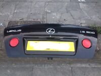 Lexus is200 boot bootlid + spoiler black 2o2 complete 98-05 breaking spares is 200 is300