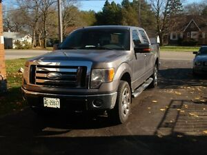2009 Ford F-150 SuperCrew XLT Pickup Truck London Ontario image 5