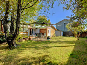 One-level Home on Large Lot for Sale in Sidney BC