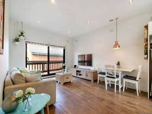 Six Months Lease Transfer Beachside 2 Bedroom Apartment Aspendale Kingston Area Preview
