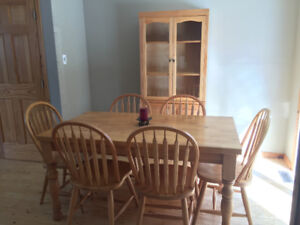 Dining room table, chair and hutch set