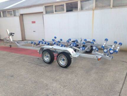 24 foot boat trailer REGISTERED-suits boats in the 7.3m range Mortdale Hurstville Area Preview